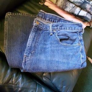EUC Levi's 569 jeans 34×34